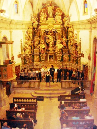 La Solsona Gospel School descobreix el tresor de Sant Pere de Matamargó