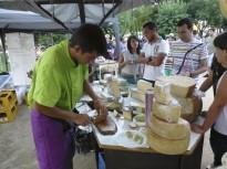 Cerveses i formatges artesans amenitzen l'estiu a Calldetenes