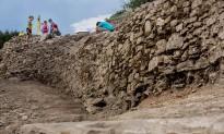 Les excavacions al jaciment de l'Esquerda revelen un espai fortificat