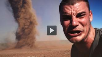 Un jove australià entra en un tornado per fer-se un «selfie»