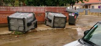 Malestar veïnal a la platja de Calafell per les inundacions