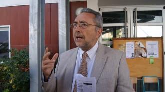 Salvador Alegret: «El debat polític amaga la part acadèmica»