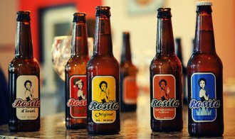 Dissenya l'etiqueta de la cervesa Rosita amb motiu de la Fira de Bandolers
