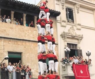 El 4 de 9 sense folre, el gran castell de la Joves a Vilafranca
