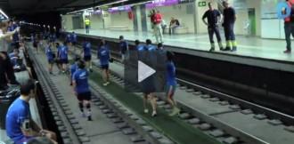 Tres-cents runners pel metro de Barcelona