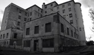 La tenebrosa història de l'hospital de Maó abandonat [FOTOS]