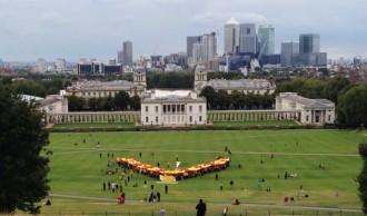 L'assaig de la V a Londres