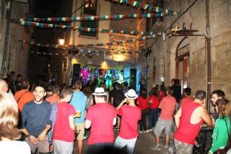 A ritme de música el Bar Castell celebra mig segle de vida