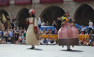 La imatgeria de Barcelona es mostra a Manresa en la Ballada