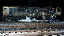 Crema la locomotora d'un tren amb mercaderies perilloses a Móra la Nova