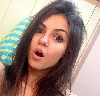 Filtració massiva a les xarxes socials de fotos íntimes d'actrius i models