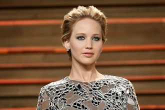 Els fans de Jennifer Lawrence es despullen per solidaritzar-se amb l'actriu