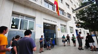 Les maletes a la porta per convidar la policia espanyola a marxar de Reus