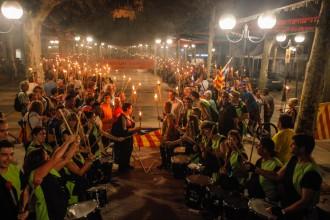 Unes 500 persones assagen la V a Olot