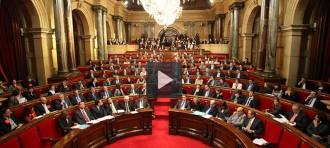 Vés a: En directe: El Parlament aprova l'eina legal per convocar el 9-N