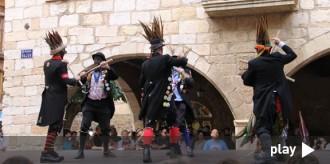 Una trobada internacional celebra els 50 anys dels bastoners de Montblanc