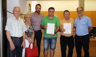 2.500 signatures demanen que es mantinga íntegre el servei d'ambulància a Alcanar