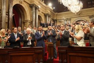 El Parlament aprova la Llei de consultes que permetrà votar el 9-N