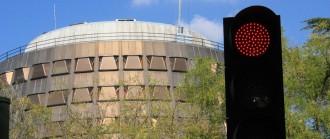 Vés a: El Constitucional compleix les ordres de Rajoy i suspèn el 9-N