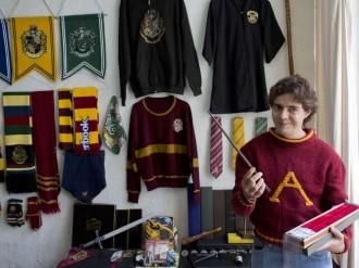Un home de 37 anys és la persona amb més coses de Harry Potter