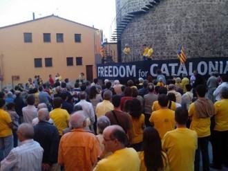 Massiva resposta dels veïns del Baix Montseny a la suspensió de la consulta