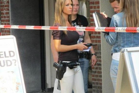Aquesta policia holandesa causa furor a la xarxa