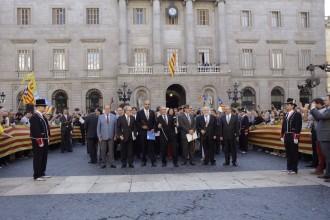 El món municipal es posa al costat del president Mas per poder celebrar la consulta